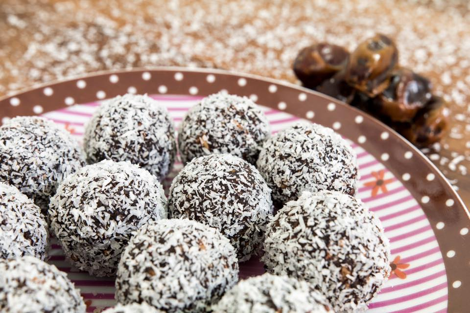 Vegan, Gluten Free and Lactose Free Chocolate Protein Balls